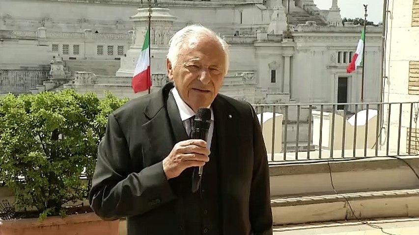 Copyright: Mogol, l'Italia recepisca la direttiva