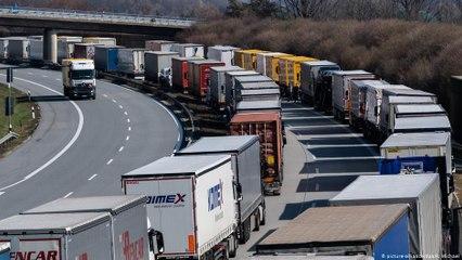 ستون ألف سائق شاحنة روماني يعملون بأوروبا في ظروف شاقة
