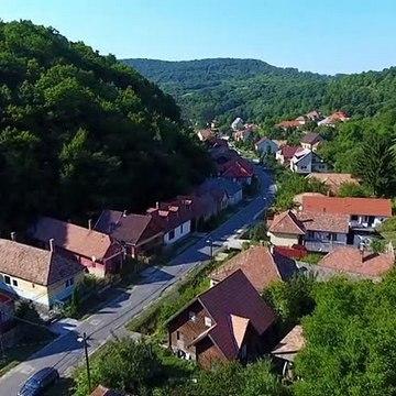 A mi kis falunk S05E05