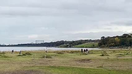 Five people rescued from Cramond Island after tide cuts them off