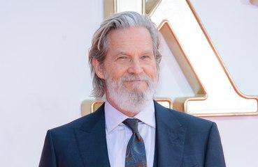 Jeff Bridges é diagnosticado com linfoma e tranquiliza fãs: 'O prognóstico é bom'