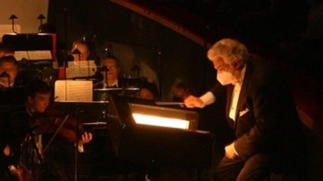 Plácido Domingo se adueña de la batuta de la orquesta del Teatro Bolshói de Moscú