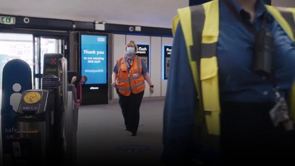 Staying safe during your journey on the trains