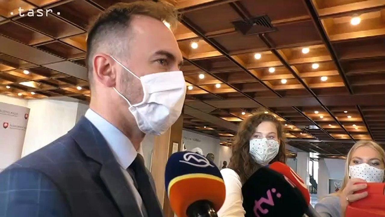 Poslanci Národnej rady reagujú na zadržanie Dušana Kováčika