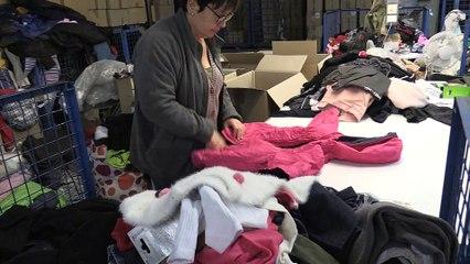 Recycler les vêtements pour créer de l'emploi, avec le Relais42