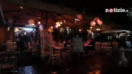 Coprifuoco, prima notte di chiusura a Milano: il deserto alle 23 sui navigli