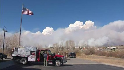 Video shows huge fire spreading through northern Colorado