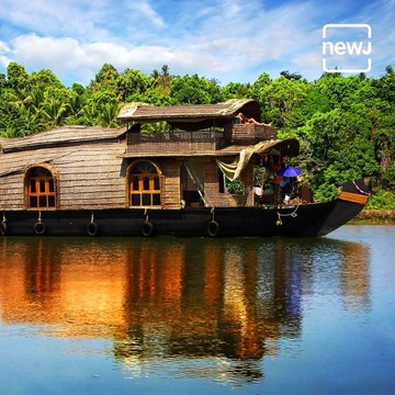 Explore The Magnificent Houseboats Of Kerala