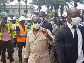 Patrice Talon s'offre un bain de foule sur un chantier de marché à Cotonou
