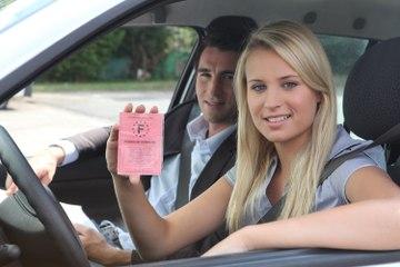 Que dit la loi par Me Marchac : rouler avec un faux permis de conduire, quelles sont les sanctions ?
