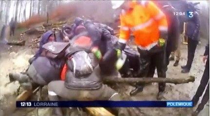 BURE - Bois LEJUC - manifestation du 17 février 2010 - Emmanuel HANCE vide une bouteille d'essence - France 3 JT 21 h