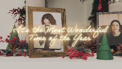 Mandy Moore - It's The Most Wonderful Time Of The Year
