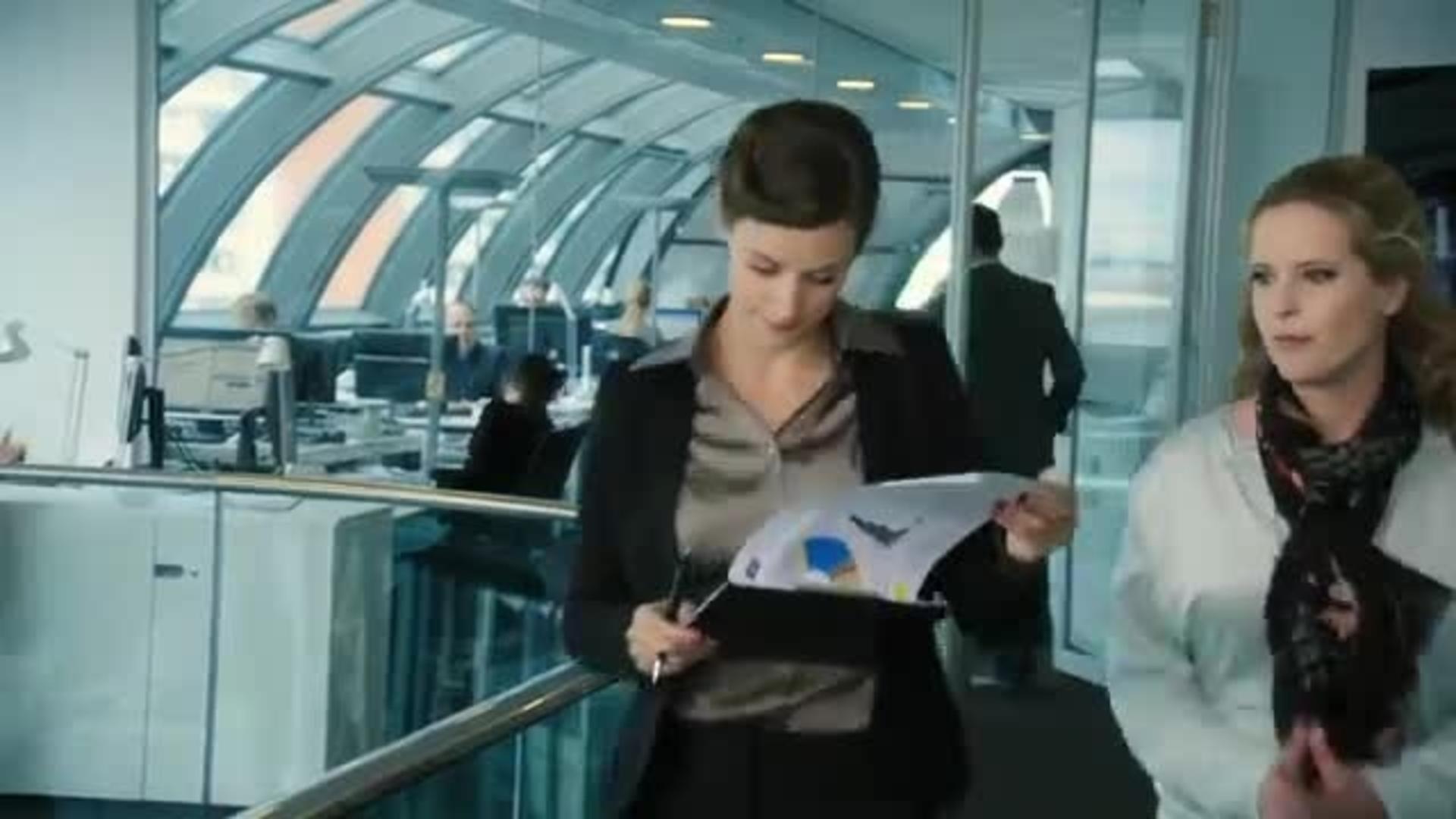Im Weissen R̦ssl РTrailer (Deutsch) HD