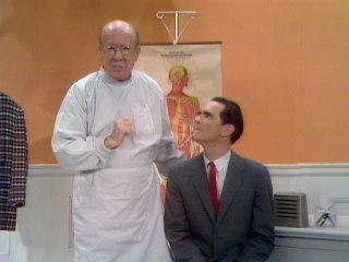 Bert Lahr - Near-Sighted Doctor