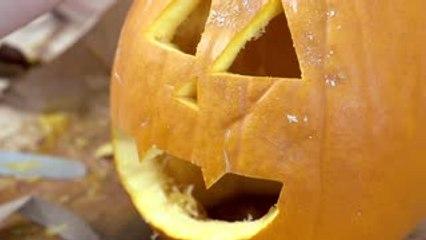 D'où vient la tradition de découper des citrouilles pour Halloween ?