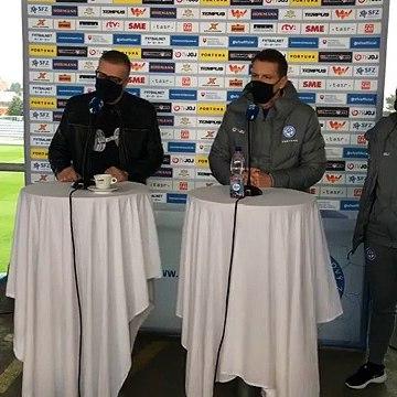 20201113 Postup futbalistov