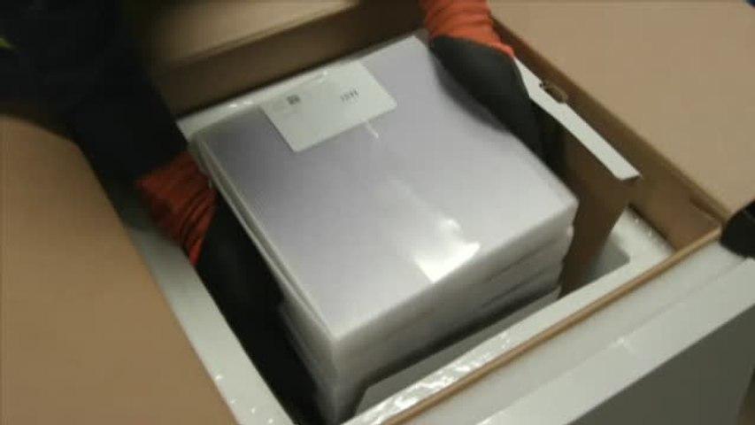 Así es el congelador de Pfizer con el que se distribuirán las vacunas contra el coronavirus