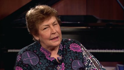 InnerVIEWS with Ernie Manouse- Helen Reddy