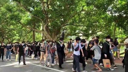Estudantes desafiam lei em Hong Kong