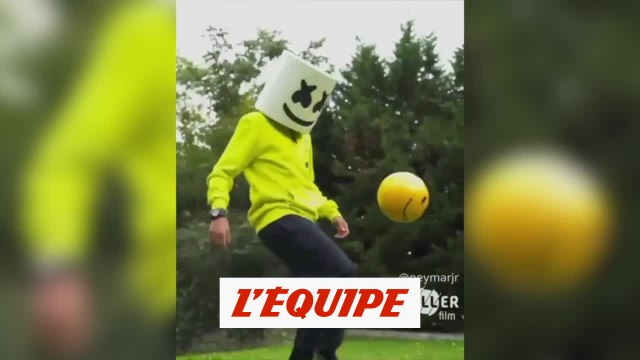 Neymar jongle pour Triller - Foot - WTF