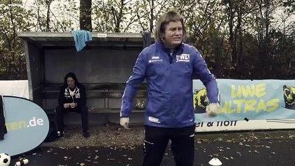 Jogi Löw noch tragbar und Moukoko vor neuem Rekord? Uwe klärt die Lage auf!