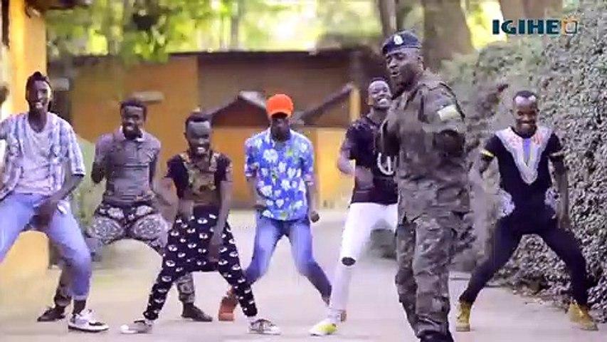 Umuhanzi Sergeant Major Robert ari guhigishwa uruhindu akekwaho gusambanya umwana w'imyaka 15
