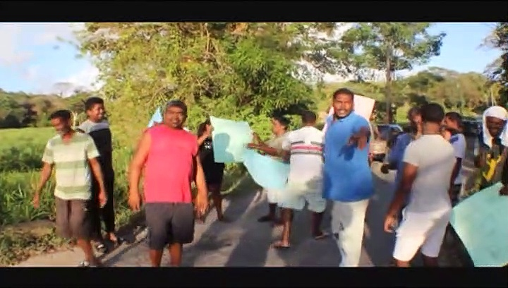 Fishing Pond Residents Protest Bad Roads