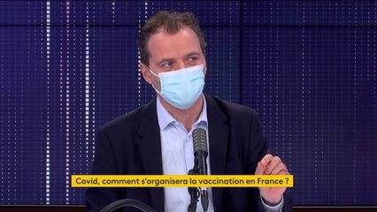 """Vaccins contre le Covid-19 : """"Il faut avoir un discours le plus clair possible, de la pédagogie, de la confiance et de la transparence"""", estime le professeur Rémi Salomon"""