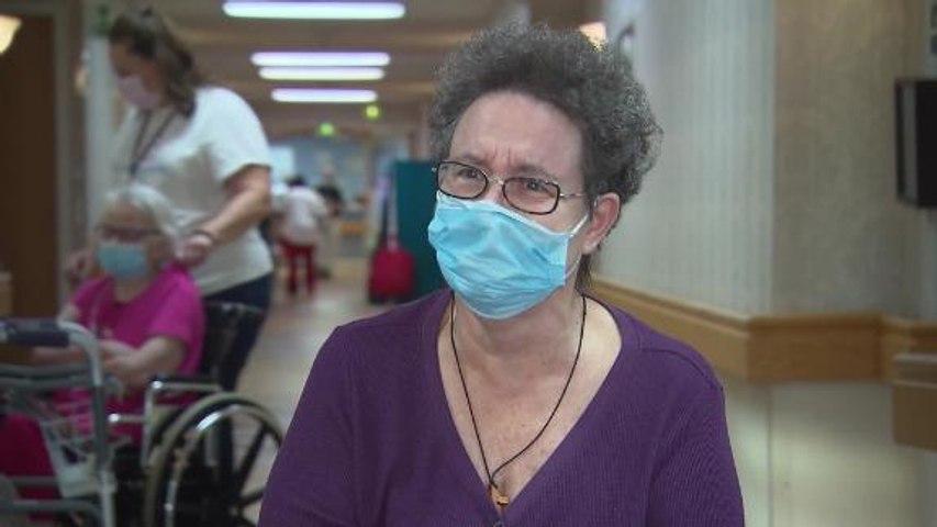 Coronavirus separates seniors from their families on Thanksgiving