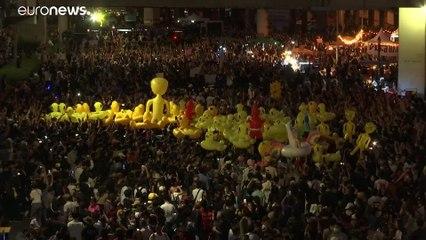 اردکهای زرد دموکراسیخواهان تایلندی دوباره به خیابانها آمدند