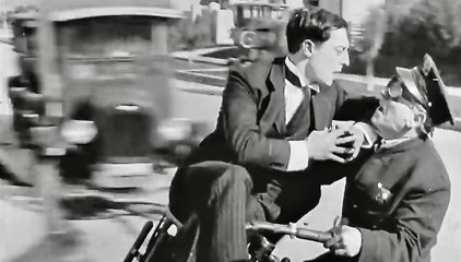 Incredible 1924 Motorcycle Stunt Scene ~ Buster Keaton ~ Sherlock Jr.
