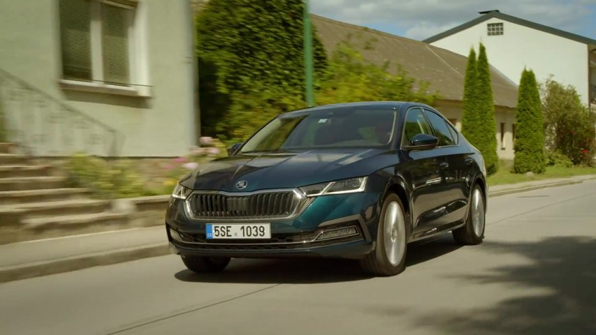 The new Skoda Octavia G-TEC Driving Video
