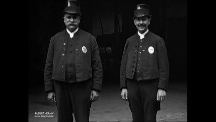 L'ancienne et la nouvelle tenue des porteurs des Pompes Funèbres de la Ville de Paris
