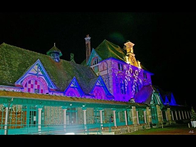 Illuminations de L'Espace de la Charité à Lavault-Ste-Anne en 2020-12-18