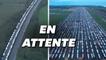 Les images impressionnantes des routiers bloqués aux frontières entre la France et la Grande-Bretagne