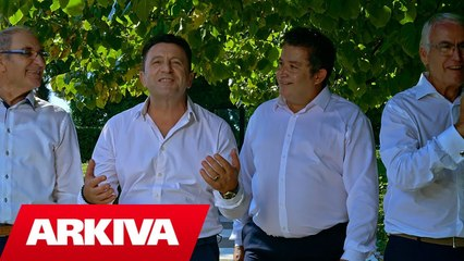 Ylli Baka & Parodistet e Vlores & Artur Dhamo - Larte e poshte ne skele (Official Video 4K)