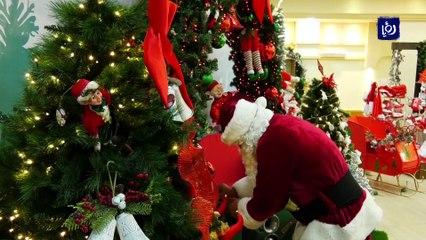 في موسم الأعياد.. بابا نويل غائب جراء وباء كورونا