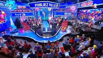 N'oubliez pas les paroles : Nagui s'amuse du physique d'un célèbre acteur français (vidéo)
