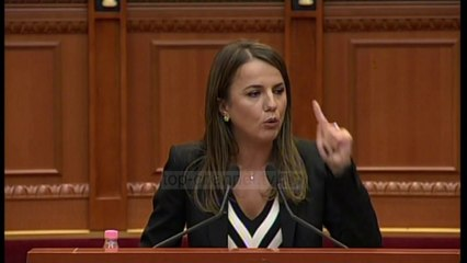 Top News - Tensione në seance/ Rudina Hajdari bllokon foltoren