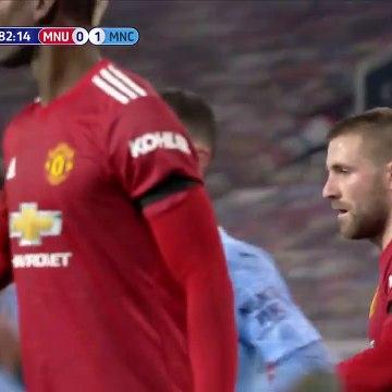 Fernandinho Goal - Man United 0-2 Man City