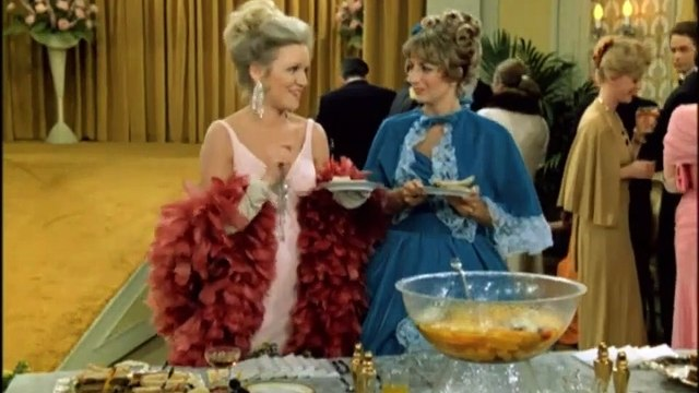 Laverne and Shirley Season 3 Episode 21 Debutante Ball