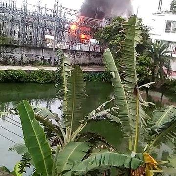 ময়মনসিংহে বিদ্যুৎ উপকেন্দ্রে আগুন; অন্ধকারে ময়মনসিংহ সহ ৪টি জেলা |_ Vumika News _ PDB Fire News