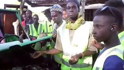 Un mécanicien  fabrique une voiture made in Sénégal