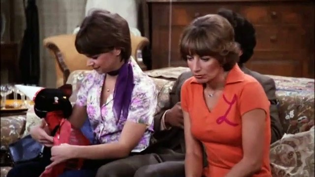 Laverne and Shirley Season 5 Episode 09 We're in the Army Now