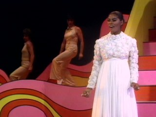 Dionne Warwick - A Hard Day's Night