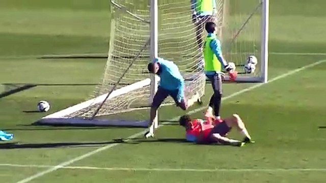 Le but MONUMENTAL de Karim Benzema à l'entraînement du Real Madrid