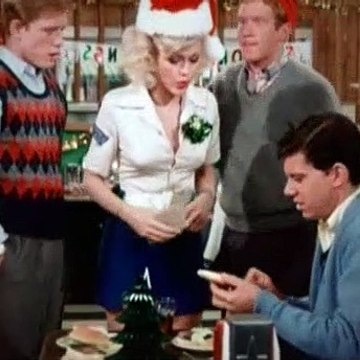 Happy Days Season 2 Episode 11 Guess who's coming to christmas