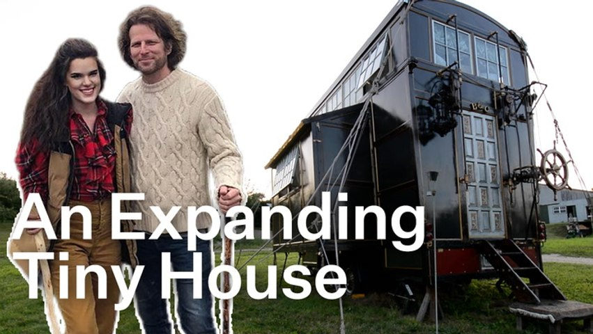 This Expanding Tiny Home Is An IRL Version Of Howl's Moving Castle