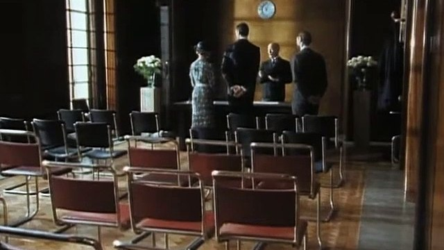 Poirot S05E07 Dead Man's Mirror 1993