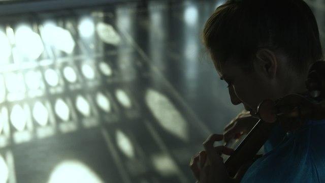 Camille Thomas - Ravel: Deux mélodies hébraïques, M. A22: 1. Kaddisch (Transcr. For Cello And Orchestra By Richard Tognetti)
